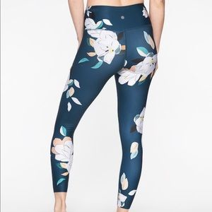 BRAND NEW Athleta Floral Elation 7/8 tights XS